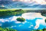 ★32%off★1000ピースジグソーパズル:ブレッド湖 〜湖上の小さな教会〜